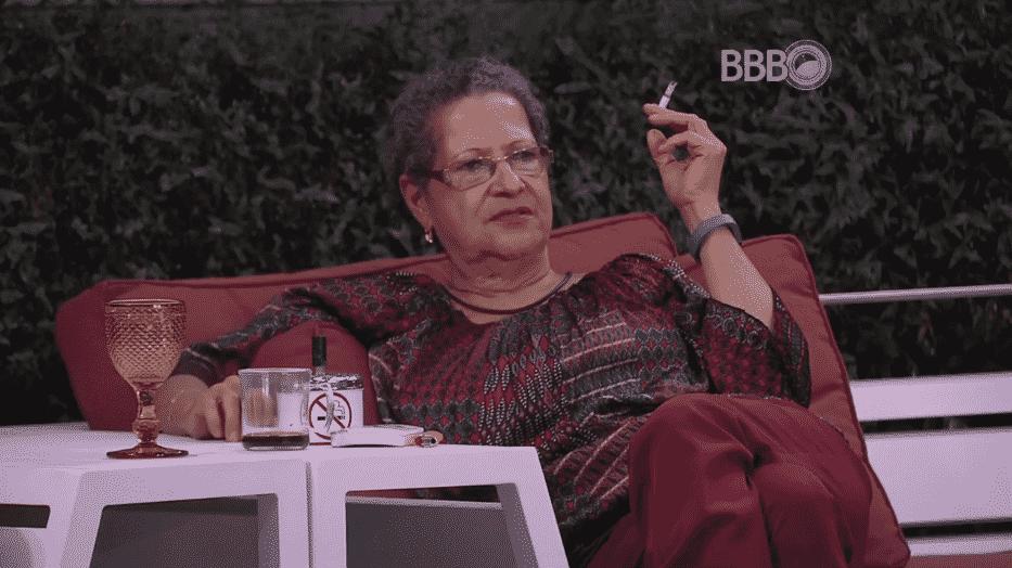"""23.mar.2016 - Geralda disse: """"Não quero nenhum comentário sobre paredão. A gente tem que respeitar os outros"""" - Reprodução/TV Globo"""