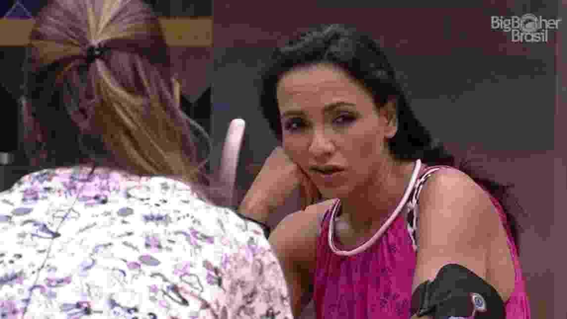 Marinalva se queixa de brothers com Vivian - Reprodução/TV Globo