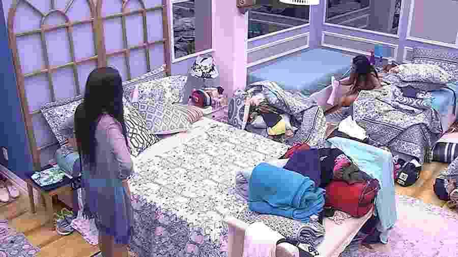 Irmãs Mayla e Emilly se desentendem - Reprodução/TV Globo
