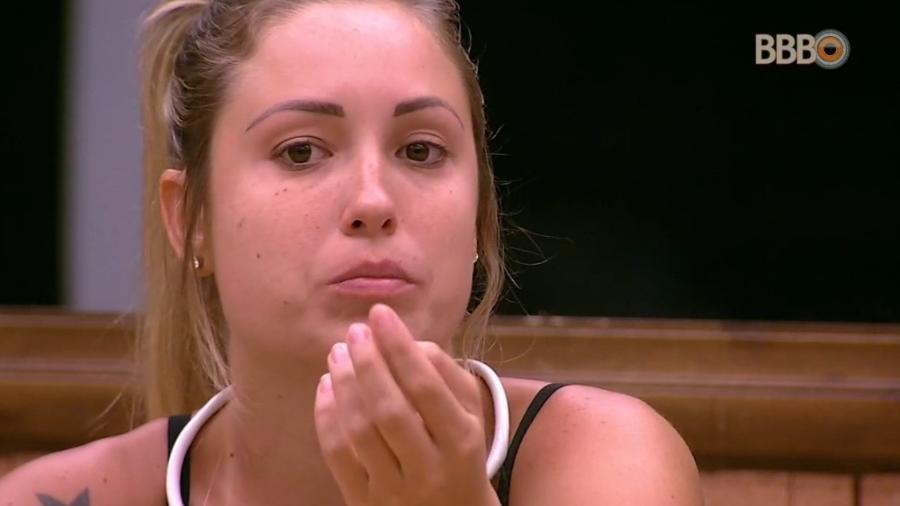Jéssica comenta com Viegas sobre paredão da semana - Reprodução/Globoplay