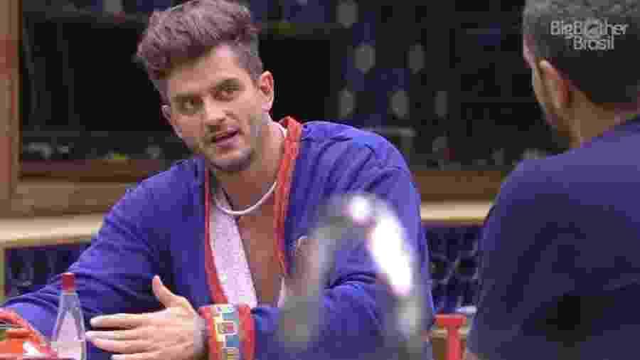 Marcos avalia Ilmar e Emilly com nota máxima no Queridômetro  - Reprodução/Tv Globo