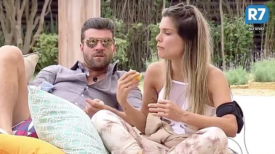 Marcelo Ié Ié diz que está apaixonado por Flávia Viana - Reprodução/R7