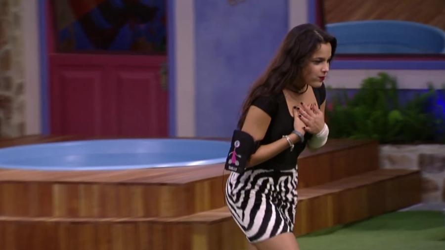 """Emilly celebra continuar no """"BBB17"""" - Reprodução/ TV Globo"""