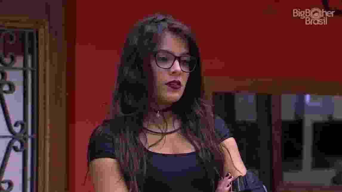 """Emilly diz sobre Roberta: """"Achei que a gente fosse ser amigas lá fora"""" - Reprodução/TVGlobo"""