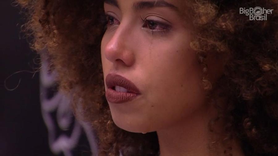 Gabriela tem crise de choro e teme ser incompreendida - Reprodução/TV Globo