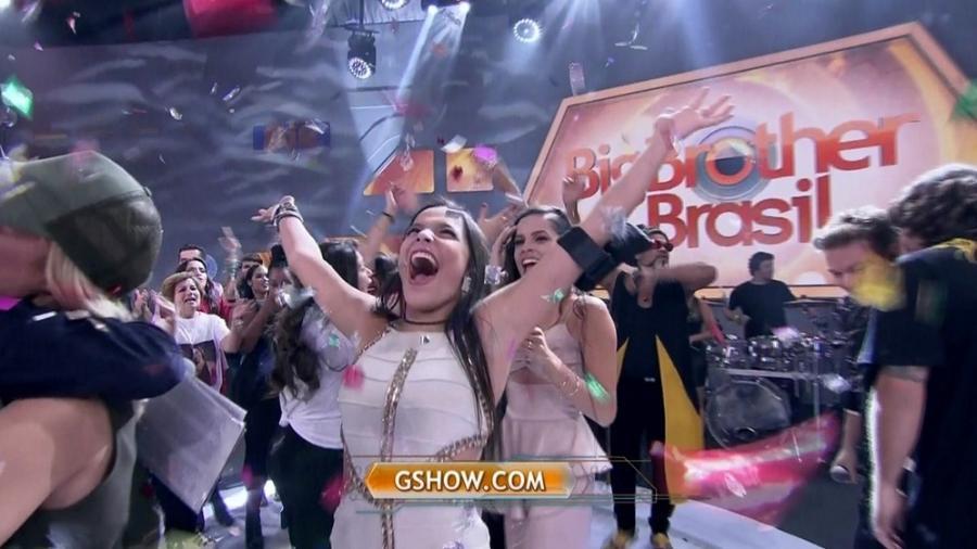 """Emilly comemora com Mayla sua vitória no """"BBB17"""" - Reprodução/TV Globo"""