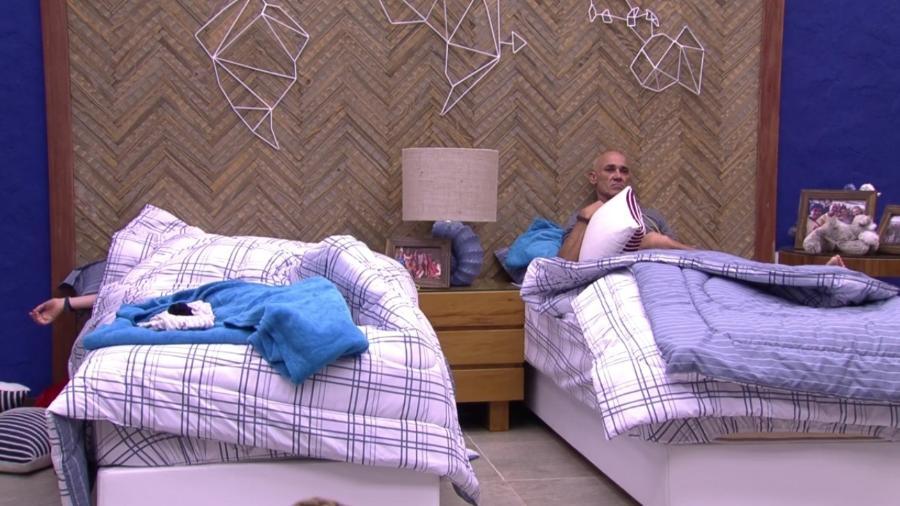 Ayrton se irrita com preguiça de Ana Clara - Reprodução/Globoplay