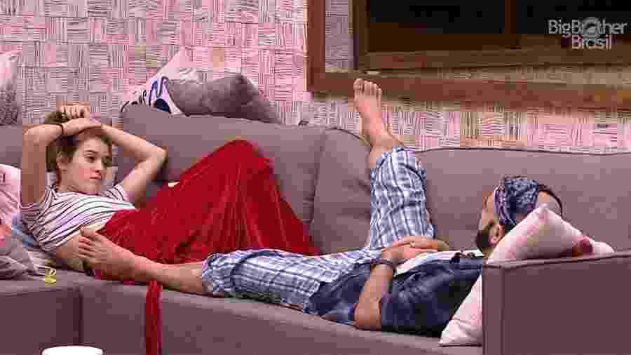 Ana Clara e Mahmou não dormiram e passaram a madrugada conversando - Reprodução/GloboPlay