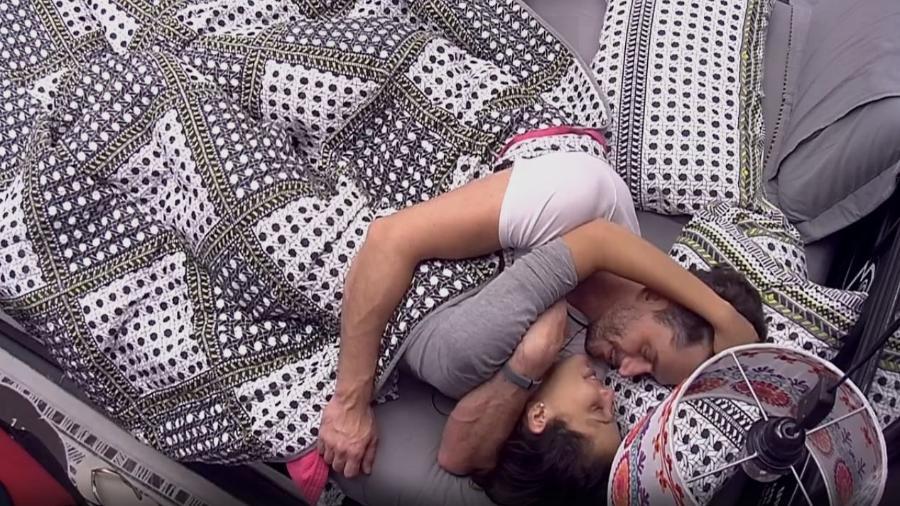 """Marcos diz """"eu te amo"""" para Emilly - Reprodução/TV Globo"""