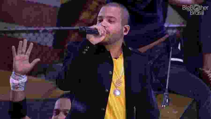 """Projota canta para brothers do """"BBB17"""" - Reprodução/TV Globo"""