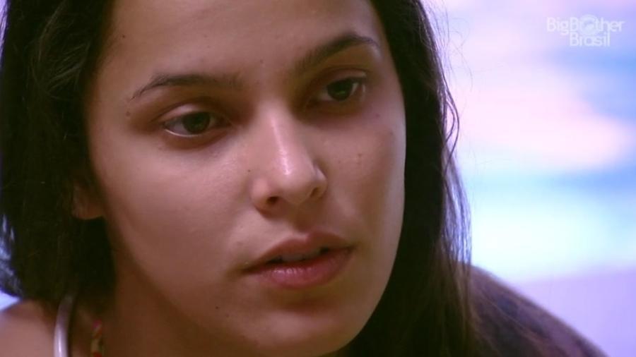 Emilly diz que namoraria com ela, caso fosse outra pessoa  - Reprodução/ TV Globo