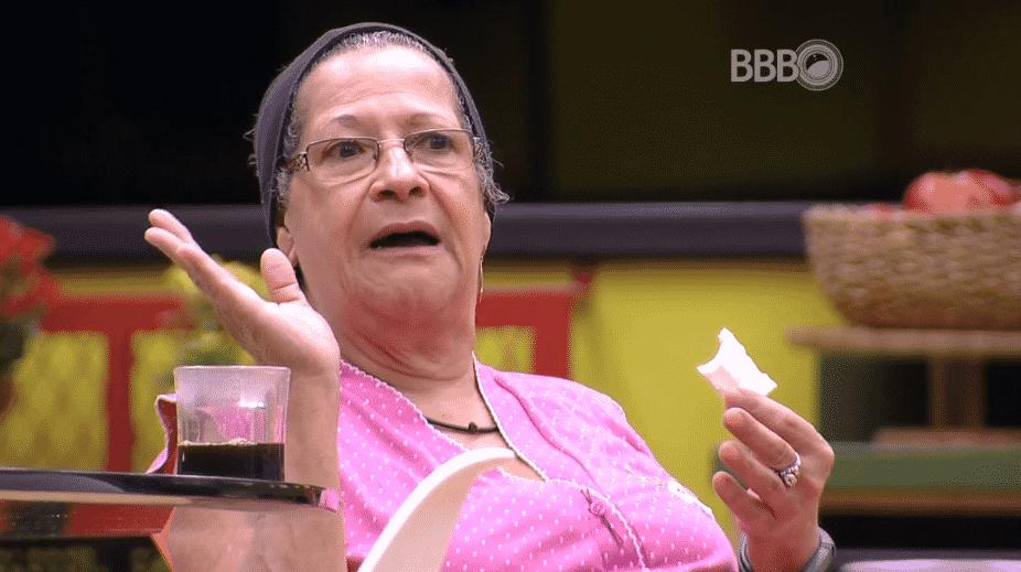 """31.mar.2016 - Geralda diz que Cacau é a que mais dorme no """"BBB16"""" - Reprodução/TV Globo"""