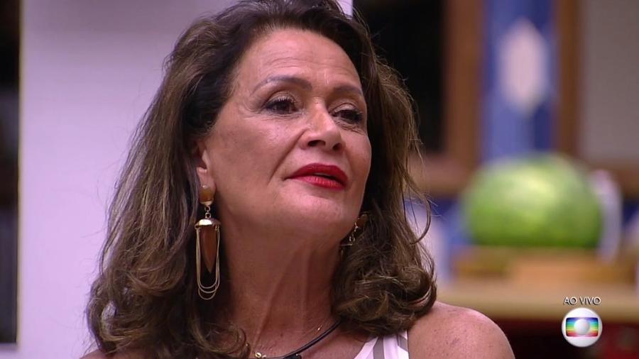 """Ieda ouve o resultado do oitavo paredão do """"BBB17"""" - Reprodução/TV Globo"""