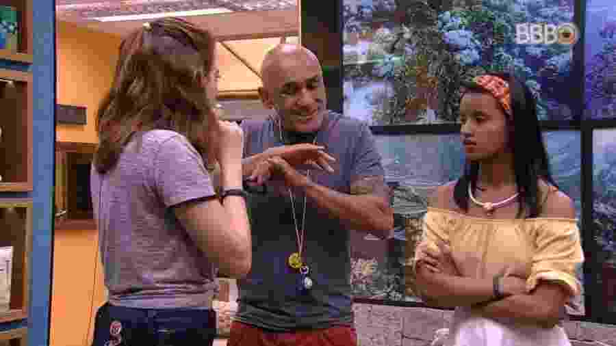 Ayrton discute com Ana Clara - Reprodução/Globoplay