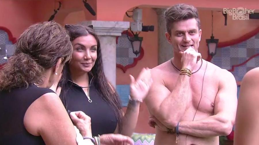 "Elettra chegou na casa do ""BBB17"" - Reprodução/TV Globo"