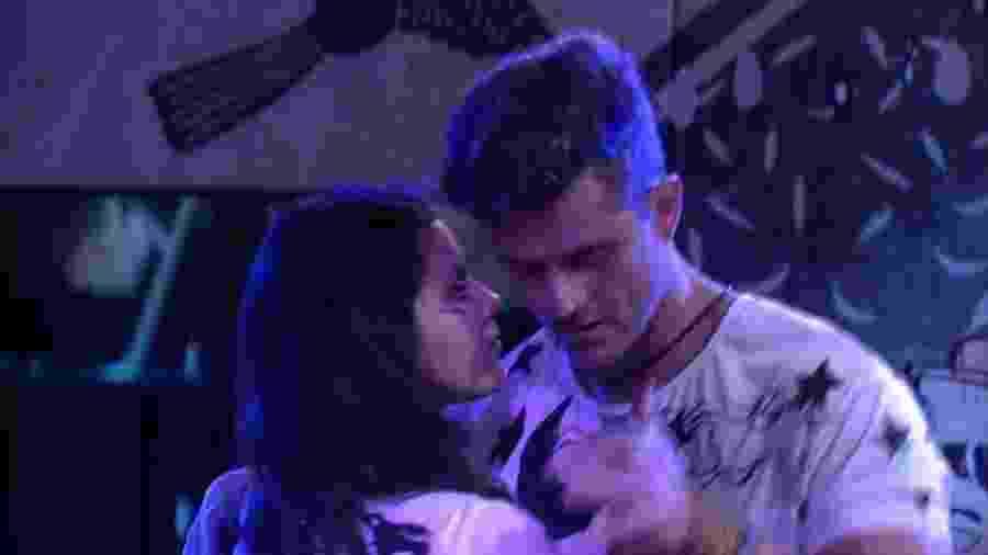 Marcos e Emilly dançam na Festa Cordel - Reprodução/TV Globo