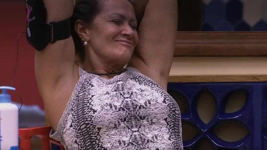 Ieda dirige bêbada - Reprodução/TV Globo