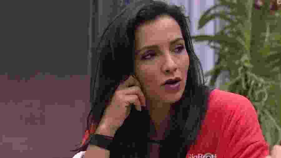 Marinalva critica atitude de Emilly - Reprodução/TVGlobo