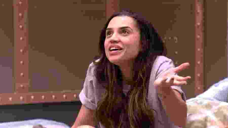 Paula discute com sister sobre divisão de camas - Reprodução/GloboPlay
