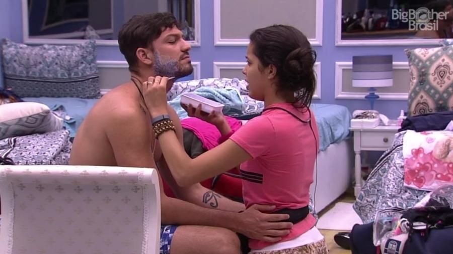 Mayla ajuda Luiz Felipe a mudar o visual - Reprodução/Tv Globo