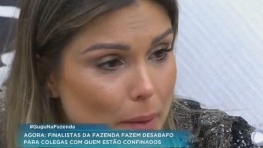 Flávia faz desabafo em programa ao vivo - Reprodução/R7