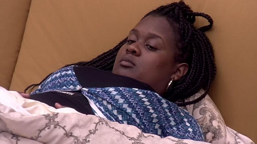 """Roberta acha que Vivian e Manoel estão fora do jogo no """"BBB17"""" - Reprodução/ TV Globo"""