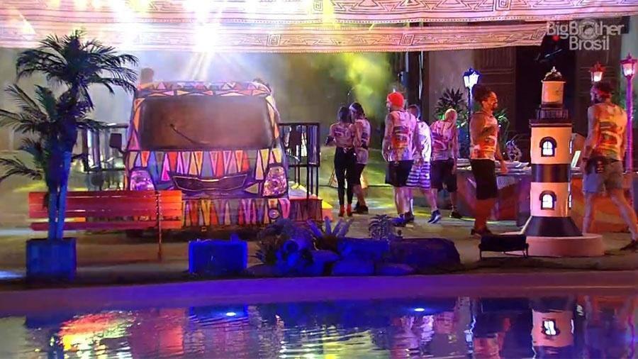 """Festa """"Axé"""" conta com uma decoração especial que agradou os brothers - Reprodução/GloboPlay"""