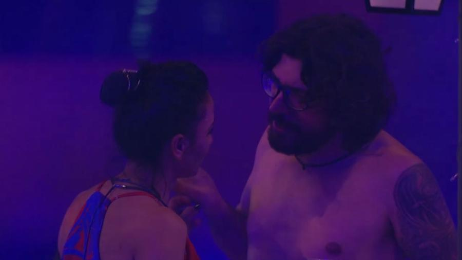Ilmar e Marinalva conversam sobre relacionamentos - Reprodução/TV Globo