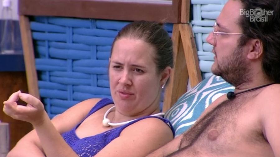 Patrícia e Diego comentam comportamento de Viegas - Reprodução/ Globoplay