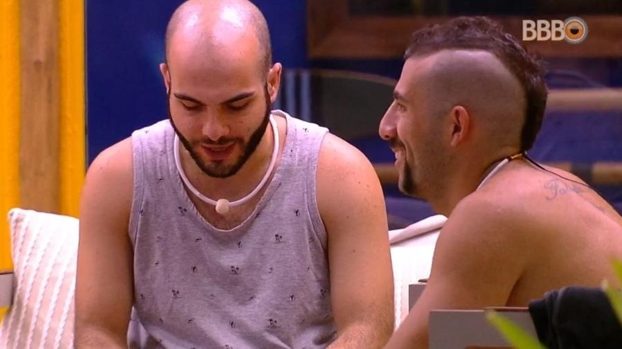 Mahmoud e Kaysar falam sobre paredão - Reprodução/Globoplay