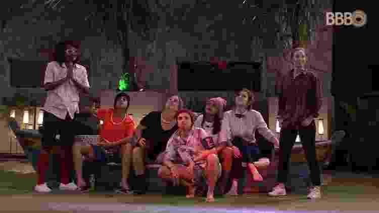 Brothers em festa improvisada de Carnaval 1 - Reprodução/Globoplay - Reprodução/Globoplay