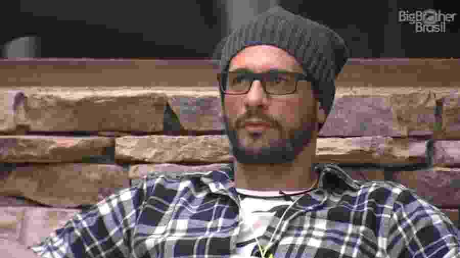 Daniel treina discurso para indicar Marcos ao paredão - Reprodução/TV Globo
