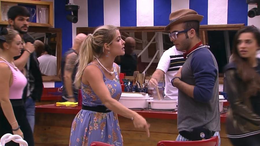 Jaqueline brigou feio com Mahmoud antes de ser eliminada do BBB - Reprodução/TV Globo