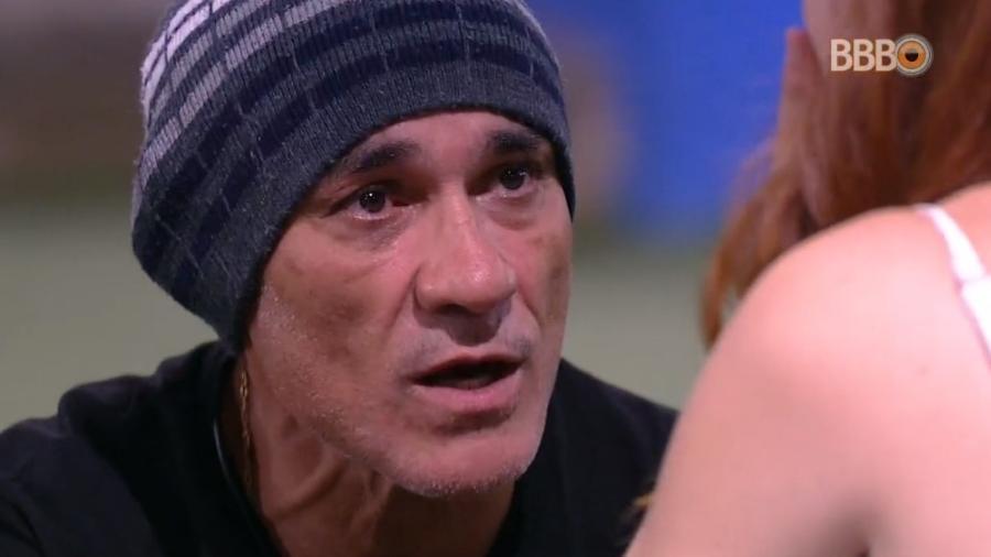 Áudio da transmissão é cortado durante conversa de Ayrton com Ana Clara - Reprodução/Globoplay