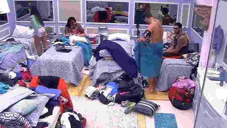 Daniel recebe conselhos de Emilly - Reprodução/TV Globo