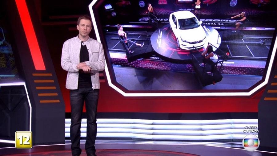 Tiago Leifert conversa com brothers no programa ao vivo - Reprodução/TVGlobo
