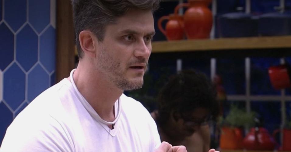 Marcos diz que vota em Rômulo até morrer