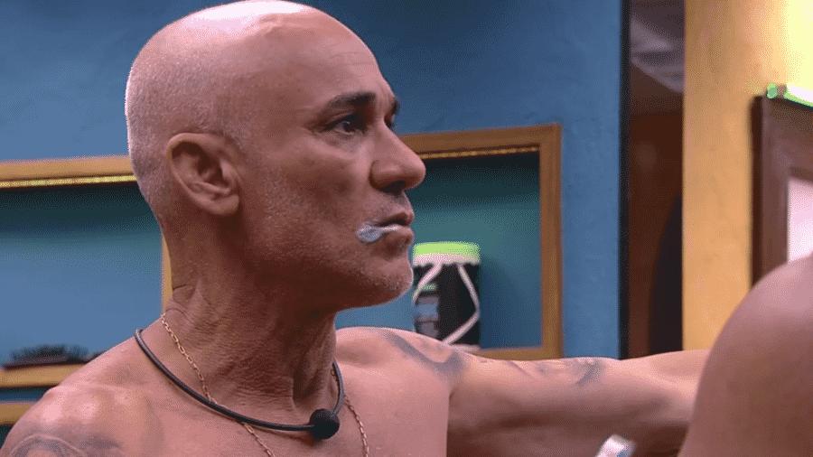 Ayrton desabafa sobre briga com Nayara - Reprodução/GloboPlay