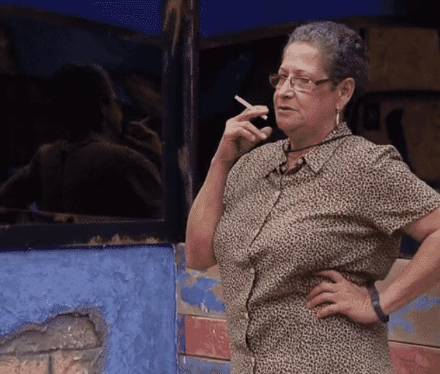 22.jan.2016 - Geralda diz para os colegas que apenas um casal entrará no programa, segundo as regras passadas por Bial - Reprodução/Globo