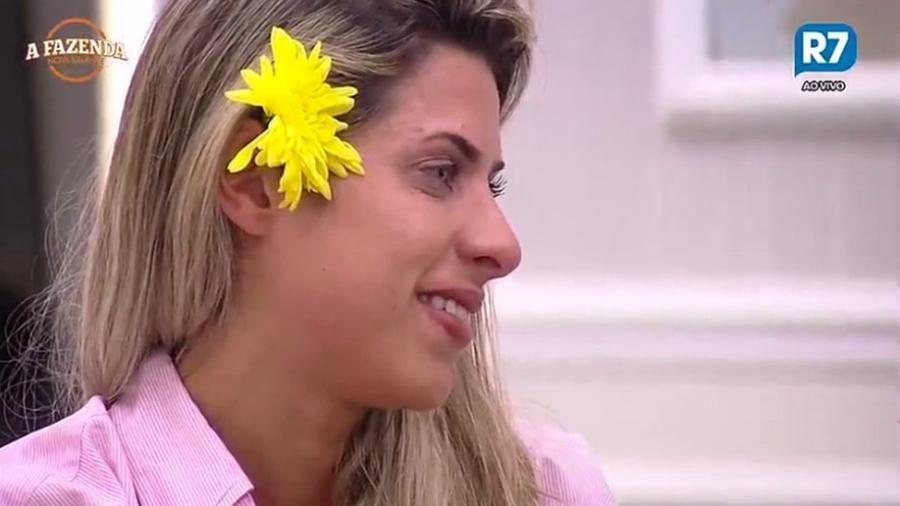 Ana Paula Minerato se emociona durante conversa  - Reprodução/R7