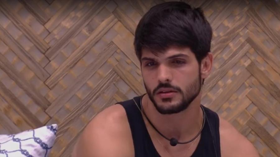Lucas diz para Patrícia que já traiu  - Reprodução/Tv Globo