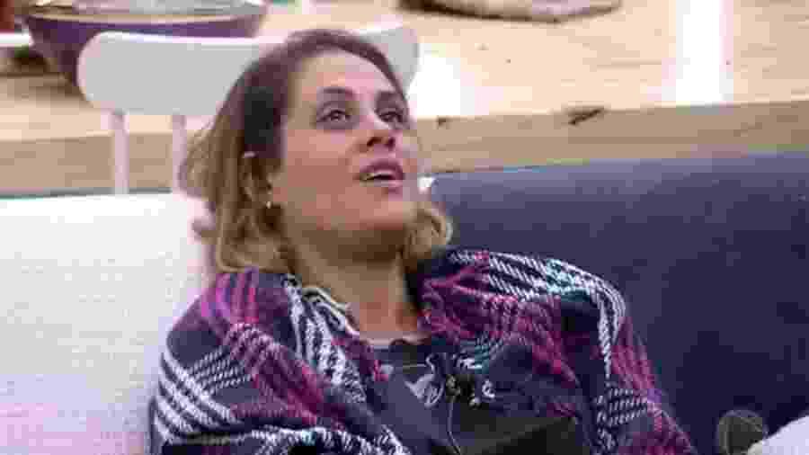 """Aritana diz que não tem amigos em """"A Fazenda 9"""" - Reprodução/R7"""