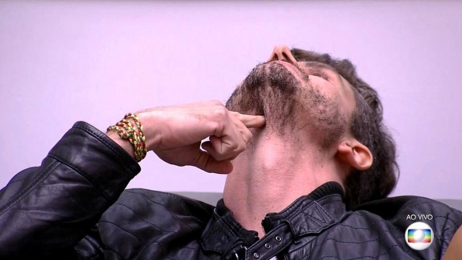 Marcos: bate boca no confessionário e arrependimento  - Reprodução/Tv Globo
