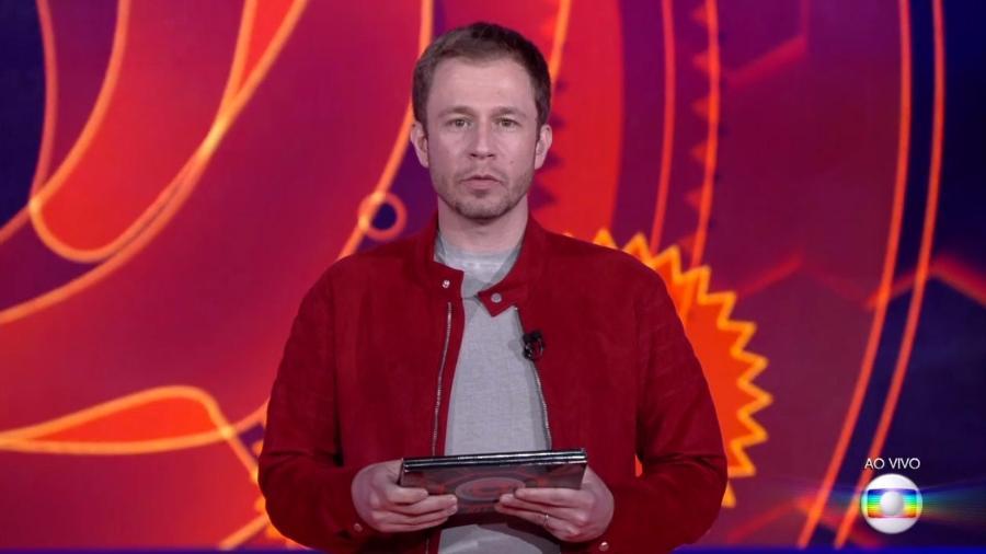 Tiago Leifert fala sobre o grupo Tá com Nada da primeira semana do programa  - Reprodução/TvGlobo