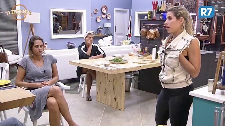"""Ana Paula Minerato fala de sua relação com a mãe em """"A Fazenda 9"""" - Reprodução/R7"""