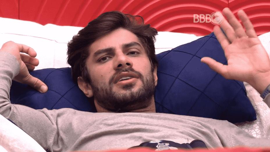 """22.fev.2016 - Renan diz que discussão ao vivo com Ana Paula, no último domingo (21), serviu para """"lavar a alma"""" - Reprodução/TV Globo"""