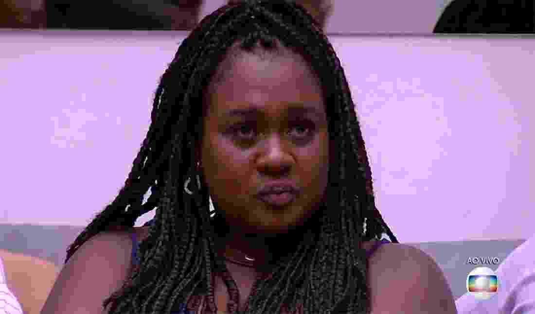 """Roberta fica emocionada no sétimo paredão """"BBB17"""" - Reprodução/TV Globo"""