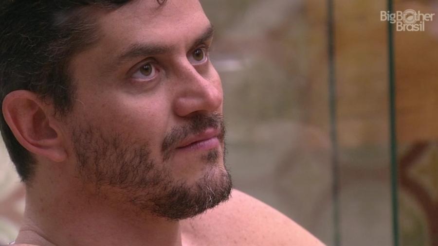 Marcos passou a noite reclamando da postura de Ilmar no programa desta segunda (3) - Reprodução/TVGlobo