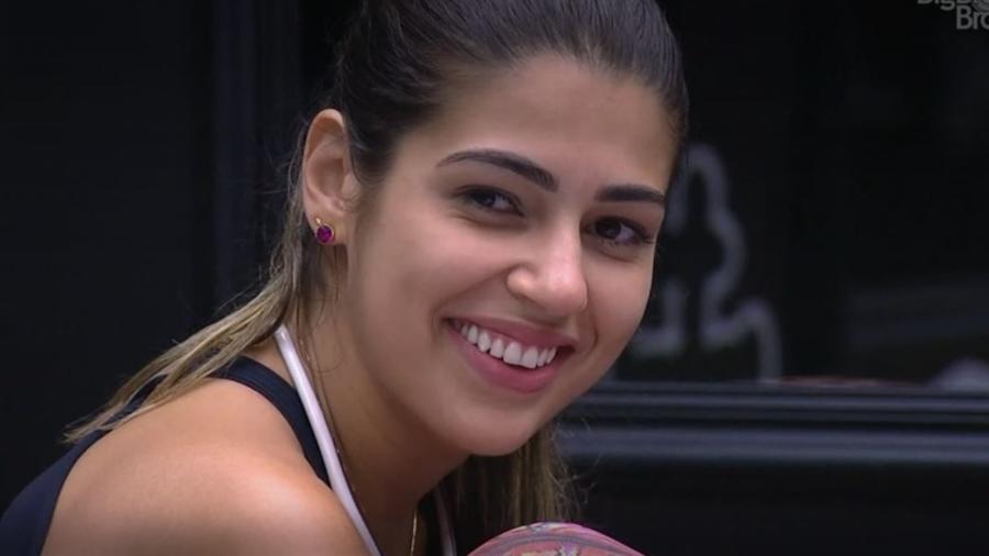 Vivian não acha que Marcos dará anjo a Ilmar - Reprodução/TV Globo
