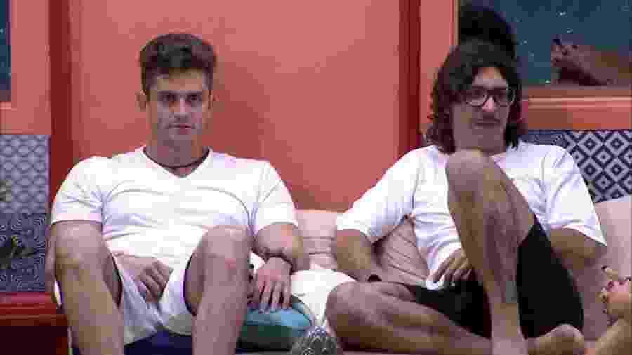 Marcos e Ilmar avaliam Rômulo, principal adversário - Reprodução/TVGlobo